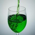 毒の入った飲み物の写真
